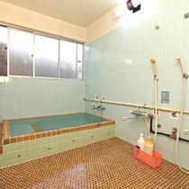 旅館やまぐちのお風呂