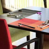 お二人様用テーブル席