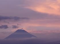 「ふたりとわに 縁」から望む富士山