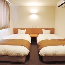 *【部屋】シンプルな、ツインルーム(ユニットバス付)