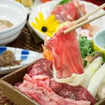 新潟のブランド牛/「しゃぶしゃぶ」か「すき焼き」でご堪能下さい。