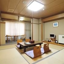*【部屋/和室一例】広々としたお部屋は清潔に保たれており、のんびり流れる時間を楽しむことができます。