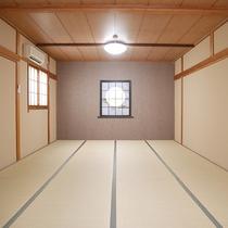 *和室16畳・浜風/グループにぴったりの広いお部屋。温かみのある和室です。