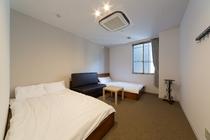 ゲストルーム・セミダブル2ベッド