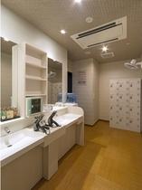 1階 ●大浴場 女性脱衣所