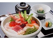 ランチ「海鮮丼」(イメージ)