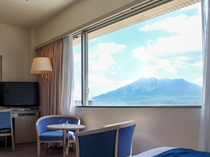 一部客室からは桜島が望めます。