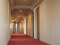 4~13階が客室となっております♪