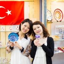 【ショッピングプラザ】ホテルのある『串本町』は『トルコのメルシン市』と友好姉妹都市です♪