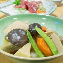 *【ご夕食一例】家庭の味もお楽しみ下さい。