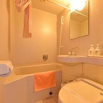 *【部屋/ユニットバス】全室シャワートイレ完備。