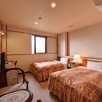 *【部屋/ツイン】カップル・グループなどでのご宿泊やビジネス利用に最適!