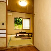 【山側・和室8畳】★バストイレ共同