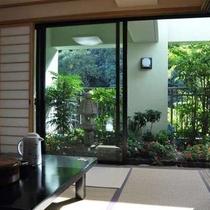 【特別室】最上階和洋室庭付きの広々としたお部屋です♪