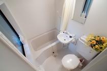 和室14畳バストイレ