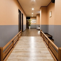 リニューアル館 3階廊下