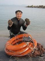 岩がきと社長②(2012.7月撮影)