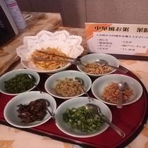 朝食 中華風おかゆ食材