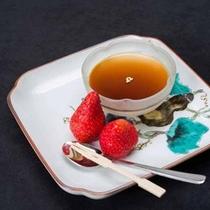 *【デザート】手作りほうじ茶プリンは、大好評です♪