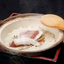 *【夕食一例】〆は旬の食材を使用したほっかほかの混ぜご飯!
