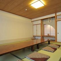 *個室食事処/ご希望のお客様には個室のご用意も可能です。※別途有料