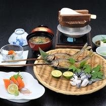 *囲炉裏端食事処「ごんげん」メニュー一例/南魚沼産のおいしい釜炊きごはんと新鮮な旬の素材。
