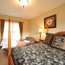 コテージ #3 ベッドルーム2 ソファベッド