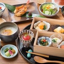 しっかり休まれた翌朝にピッタリのほっとする和朝食。