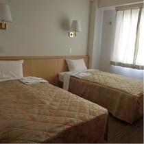 【ツインルーム】ベッド幅:100cm 広さ:16.12㎡