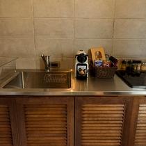 キッチン完備。IHコンロ。