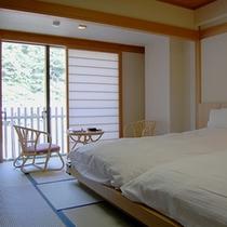 ■湯の街館 和ベッドルーム