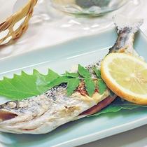 *【夕食一例】魚塩焼き