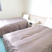 *【部屋一例】2~3名様までご宿泊いただける洋室ツインルーム。