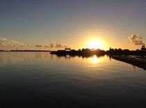川満港の夕日