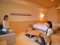 テラス付和洋室(5階)*テラスに出て頂くと海をご覧頂ける客室です。
