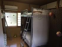 ドミトリー(2段ベッド2台)