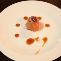 *【朝食一例】毎朝近江町市場で仕入れる魚を使用したカルパッチョ。