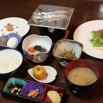 *【朝食一例】自家製ゆず味噌が好評♪和洋折衷の朝食メニュー。