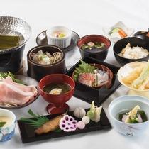 【2017春*越前御膳一例】山海の幸を越前漆器に盛り合わせた和食膳です