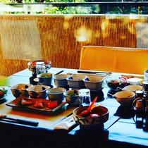 和朝食 朝は7時から9時の間でご用意いたします、ご希望の時間をお伝えくださいませ
