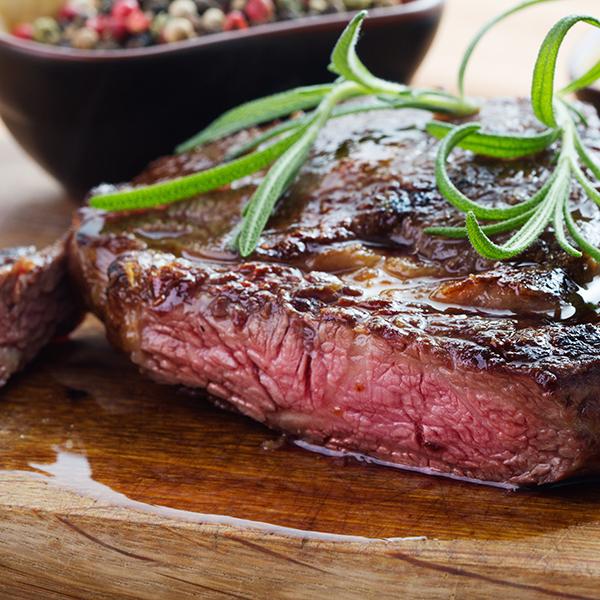 A5ランクの豊後牛や国産の新鮮なお肉をいただける