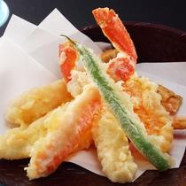 ずわい蟹天 冬の別注料理