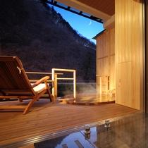 夜の貸切風呂