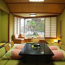 紫雲閣客室の一例