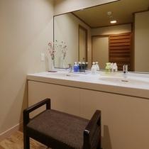 さくら館和室10畳+4.5畳の洗面台