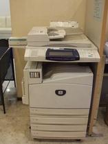 ロビーに設置のコピー機