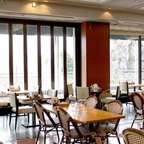 *レストラン サーラ/落ち着いた雰囲気で料理を楽しんで下さい。