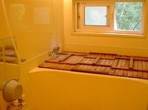 お風呂の600Lの湯船