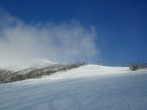 パノラマコースより山頂を望む