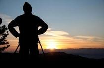 北アルプスに沈む夕陽